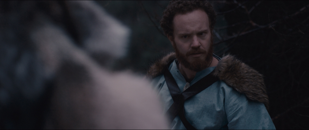 vince-major-as-vidar-in-total-awesome-viking-power-arrival-of-odin